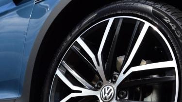 Volkswagen Passat Alltrack - wheel