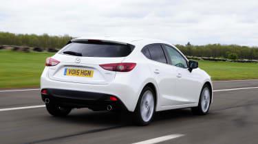 Mazda 3 - rear tracking