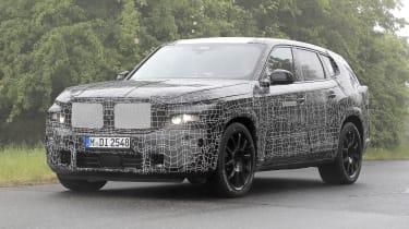 BMW X8 - 2021 spyshot 9