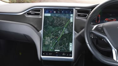 Tesla Model S long-term final report - sat-nav