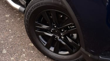 SsangYong Musso - wheel