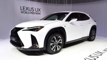 Lexus UX - Geneva front