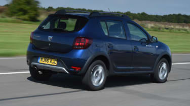 Dacia Sandero Stepway - dynamic rear