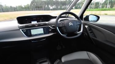 Citroen Grand C4 SpaceTourer - dash