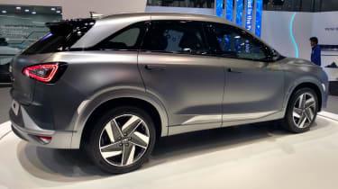 Hyundai NEXO - side