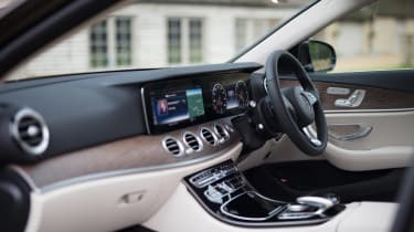 Mercedes E-Class All-Terrain - cabin
