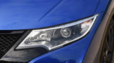 Honda Civic Sport 1.4 - front light detail