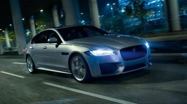 Jaguar XF AWD - front night