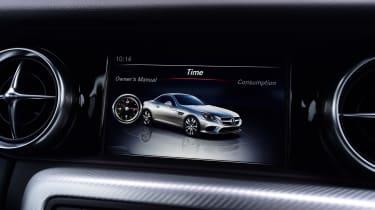 Mercedes SLC 180 - infotainment