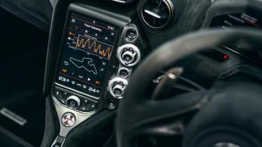 McLaren 720S Track Pack - infotainment