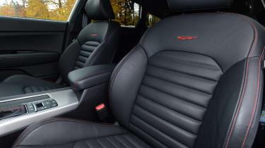Kia Optima GT - front seats