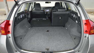 Toyota Auris Touring Sports boot