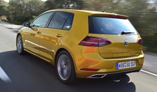 Volkswagen Golf 2017 facelift 1.5 TSI EVO - rear tracking