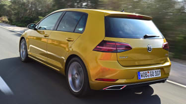 Volkswagen Golf 2017 facelift 1.5 TSI EVO - rear tracking