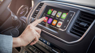 Citroen Dispatch - Apple CarPlay
