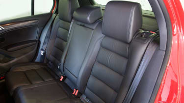 Volkswagen Golf Mk6 (used) - rear seats