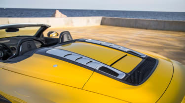 Audi R8 Spyder 2016 - rear vents