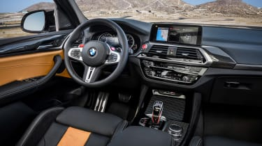BMW X3 M Competition - cabin
