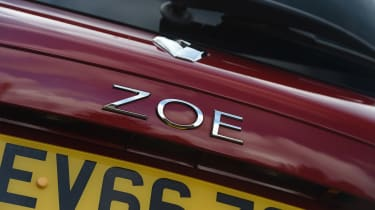 Renault ZOE - ZOE badge