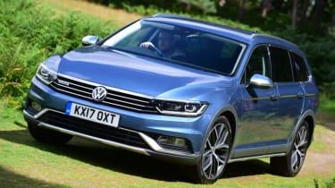 Volkswagen Passat Alltrack - off-ish road