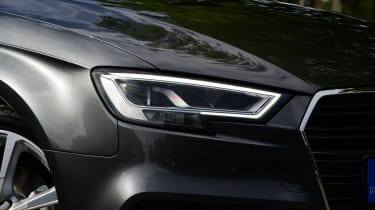 Audi A3 Sportback 2.0 TDI - front light detail