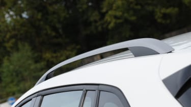 Chevrolet Cruze SW roof rails