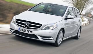 Mercedes B-Class front tracking