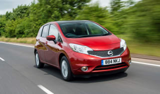 Nissan Note 2014 action