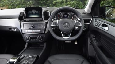 Used Mercedes GLE - dash