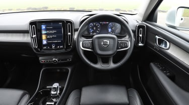 Volvo XC40 T4 - dash
