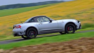 Abarth 124 GT - profile