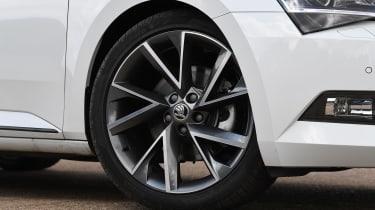 Skoda Superb - wheel