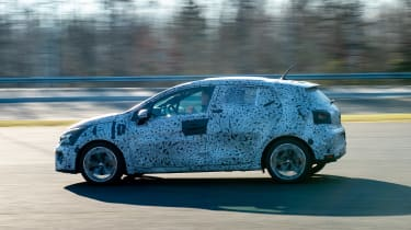 Renault Clio prototype - side action
