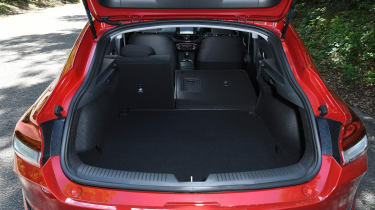 Hyundai i30 Fastback - boot
