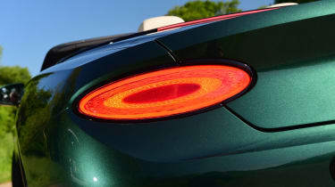 Bentley Continental GT Convertible - rear light