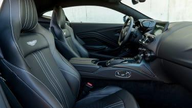 Aston Martin Vantage - front seats