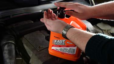 Best workshop hand cleaner - header 2