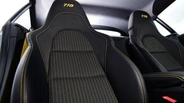 Porsche 718 Cayman T - seats