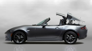 Mazda MX-5 RF - roof opening