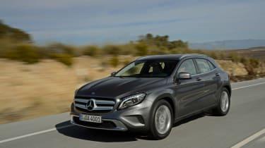 Mercedes GLA tracking 2