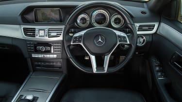 Used Mercedes E-Class - dash