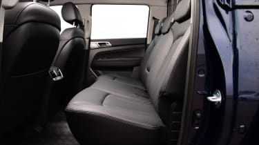 SsangYong Musso - rear seats