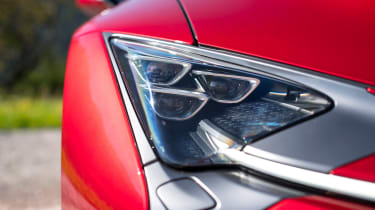 Lexus LC 500 - front light