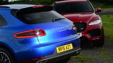 Jaguar F-Pace vs Porsche Macan - twin test