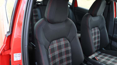 Volkswagen Polo GTI - front seats