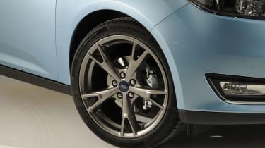 Ford Focus 2014 facelift wheel
