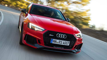 Audi RS 4 - front tracking
