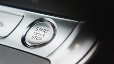 Audi A6 Avant - starter button