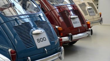 SEAT 800, SEAT 600 L and SEAT 600 D - rear