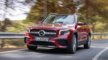 Mercedes GLB - front tracking
